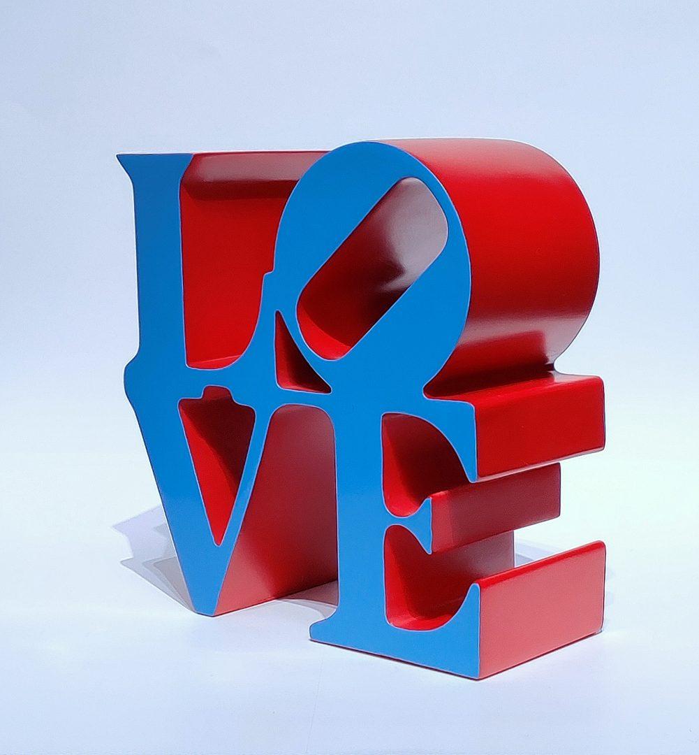 No.99-78ロバート・インディアナ「LOVEブルー」ポリストーン15×15×7cm1.jpg